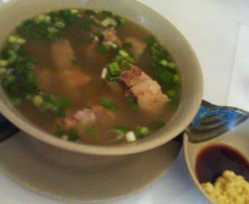 オックステールスープ
